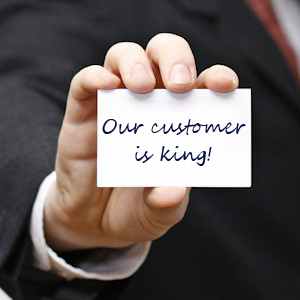 customer_service- webhostinghub vs godaddy